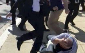 Greek lawyer takes on Erdoğan 21