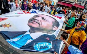 Turkey's municipal elections: A new chance for democracy? 29