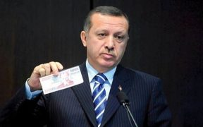 Turkey Is Heading for Economic Collapse, Ashmore Says 25