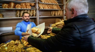Pro-AKP figures play down high cost of living amid rising prices  in Turkey 63