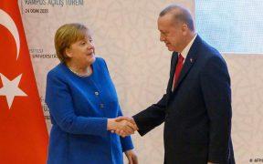 Opinion: Merkel, Erdogan and a Faustian refugee bargain 22