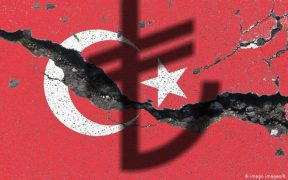 Turkey blames 'foreign powers' for fresh currency woes 30