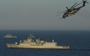 Greek warship stormed a Turkish ship loaded with weapons for Libya 27