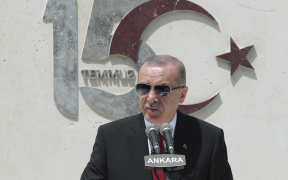 Turkish opposition renews attacks on Erdogan for offshore dealings 25