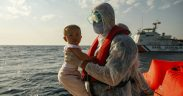 Migrants accuse Greece of pushing them back out to sea 21