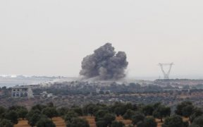 Russian jets bomb opposition-held bastion in Syria 22