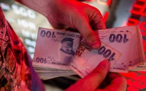 Turkish lira hits record low on possible US sanctions, EU tensions, Karabakh conflict 29