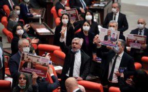 Turkey's pro-Kurdish party closure case worries U.S., Europe 25