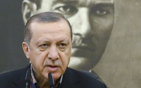 Report: Turkish curriculum 'has been radicalized' 26
