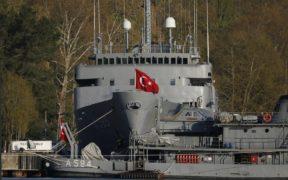 Turkey detains ex-admirals over statement on straits treaty 21