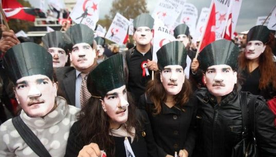 """The Concept of """"Ethnic Turkishness"""" and Turkish Foreign Policy 49"""