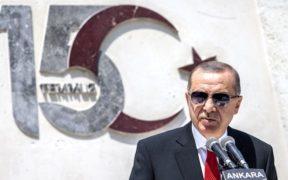 Turkish secular elites challenge gov't narrative on Turkey's 'coup' 24