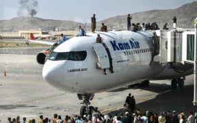 L'Afghanistan aux mains des talibans, vent de panique à l'aéroport de Kaboul