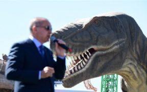 Decrepit Ankara theme park tells tale of Turkey's turmoil 20