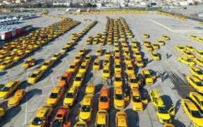 Inside the murky world of Istanbul's taxi cartels 22