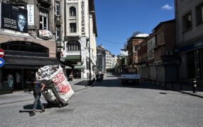 Istanbul's war on street waste collectors threatens migrants
